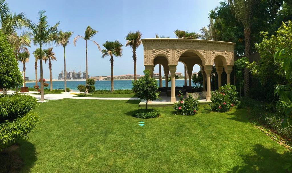 Palm Jumeira Villa  gazebo