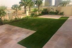 Villa-lawn-bbliuae