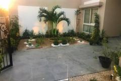 Villa_pathway